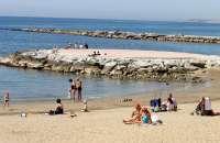PP critica la dejación de la Junta en limpieza del agua del mar y le exige un plan integral de playas