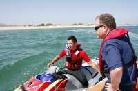 El helicóptero del Gobierno se suma este año a la campaña de playas con vuelos preventivos