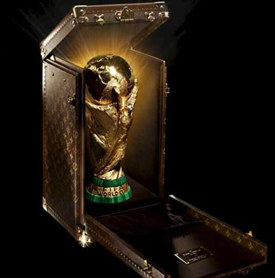 La copa del mundo en la puerta del sol - Tarimas del mundo madrid ...