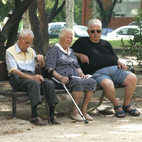 Un grupo de ancianos