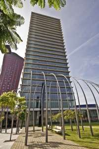 Realia gana un millón de euros en el primer semestre y vuelve a construir viviendas, algunas en Valladolid