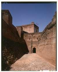 La Alhambra abre al público el Camino de Ronda de la Alcazaba como espacio del mes de agosto