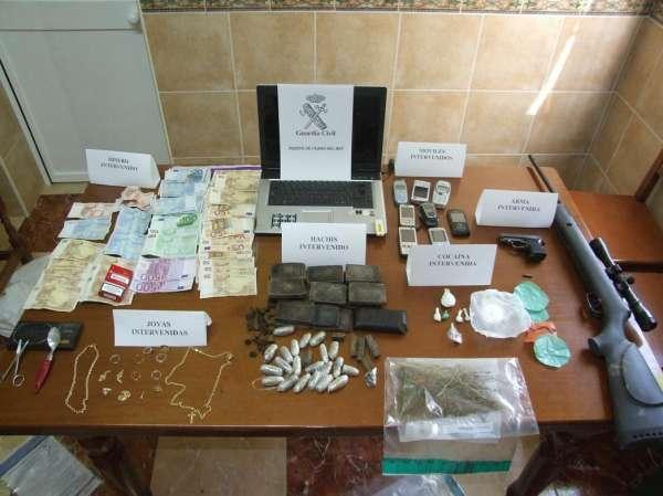 Cinco detenidos en la desarticulación de una trama de tráfico de drogas en la Sierra