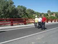 Diputación ejecuta obras de mejora en la carretera que une Pinos Puente y Olivares