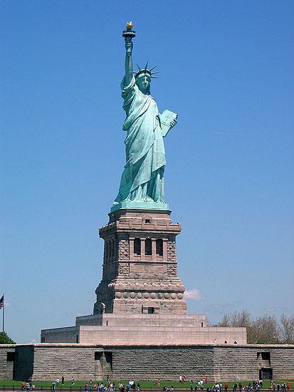 La Estatua de la Libertad cierra sus puertas