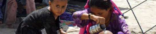 La ONU reconoce casos de c�lera entre los afectados por las inundaciones en Pakist�n  (Imagen: Nadeem Khawer / EFE)
