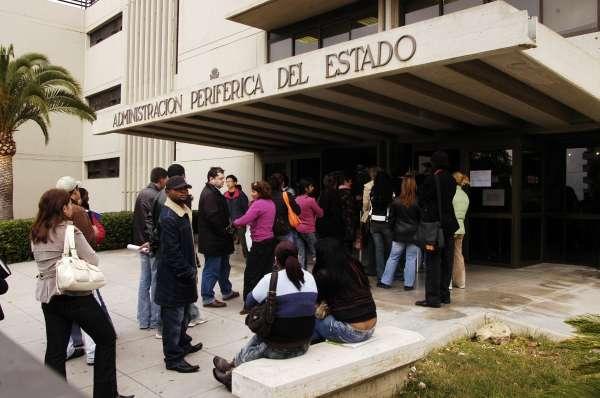 La sierra de madrid acoge a jubilados de la ue y el sur for Oficina extranjeria toledo