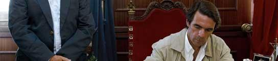 "Aznar, durante su visita a Melilla: ""no he venido a criticar a nadie""  (Imagen: Jorge Zapata / EFE)"