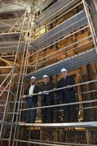 Corpas visita las obras de restauración de la iglesia de San Miguel de Pamplona