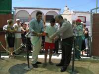 Inauguran las nuevas instalaciones de la piscina de Cuevas del Becerro, en las que invierten más de 110.000 ?