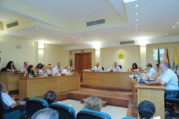 El Ayuntamiento de Los Barrios aprueba el presupuesto para 2010, que incluye un crédito de 31 millones