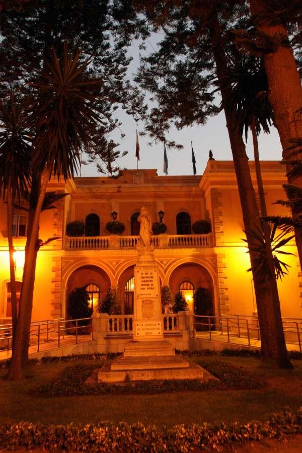 Junta dice que el Ayuntamiento linense no presentó hasta el día 19 la solicitud de fondos para pagar las nóminas