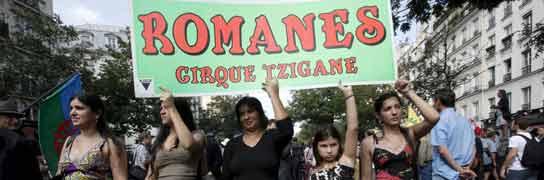Protestas de gitanos en París