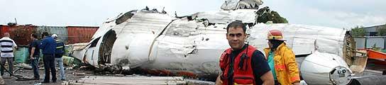 Al menos 14 muertos y 33 supervivientes al estrellarse un avión al sur de Venezuela  (Imagen: Correo del Caroní / EFE)