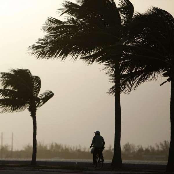 'Karl' se convierte en huracán categoría 2