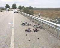 (Resumen) Fallecen dos ciclistas de Huelva atropellados en Los Palacios y detienen al conductor del turismo