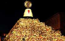 Ofrenda floral a la Virgen del Pilar