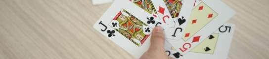 Jugar al poker reduce el riesgo de alzhéimer  (Imagen: Archivo)