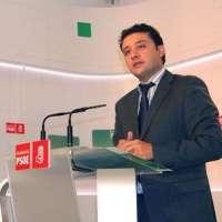 Velasco afirma que en el PSOE-A estarían