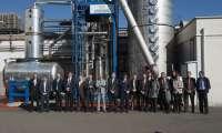 Sanz visita en Cascante la reciente ampliación de la planta de Trelleborg