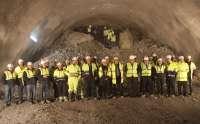 La consejera Alba asiste al cale del túnel de Yesa en la Autovía del Pirineo