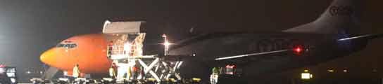 Alarma en el aeropuerto de Bolonia por un paquete explosivo para Berlusconi  (Imagen: GIORGIO BENVENUTI / EFE)