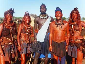 <p>'Perdidos en la tribu'</p>