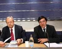 PNV y CiU ven inconstitucionalidad en la reforma electoral para que Batasuna no entre en las instituciones