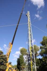Torrent completa la instalación de los 15 cañones de agua que blindarán el bosque del Vedat del fuego