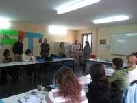 La concejala de Empleo visita la Escuela taller de dinamización-mediación comunitaria, en la que participan 16 jóvenes