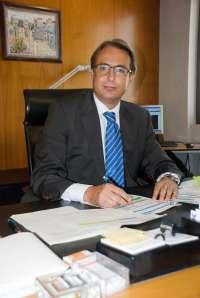 Victorino lluch nuevo director ejecutivo territorial de for Oficinas caixa malaga