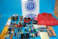 La Policía detiene a tres personas como presuntos autores del robo en garajes de Logroño