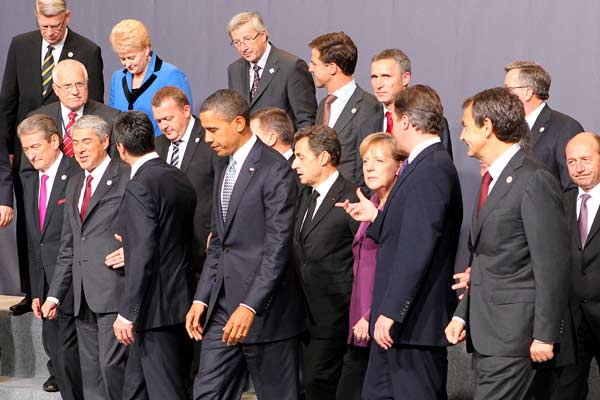 Los países de la OTAN se acercan a Rusia y acuerdan la retirada definitiva de Afganistán 1172611