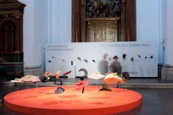 La exposición de sombreros de Pablo y Mayaya que se clausura el domingo en Valladolid recibe más de 15.000 visitas