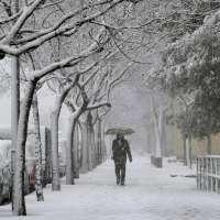 La presencia de nieve en la red viaria gallega deja sin clase a más de 2.300 escolares de más de 100 centros