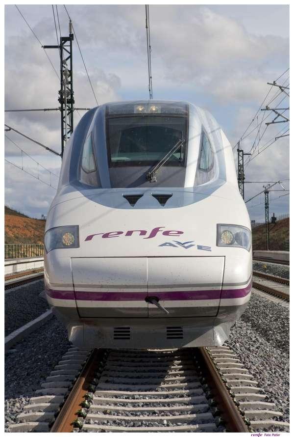 Fomento licitará este año el último tramo del AVE a Alicante y en junio, todo lo relativo al AVE a Castellón