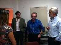 Sanz visita en Argentina un centro de salud que recibe ayuda de Navarra