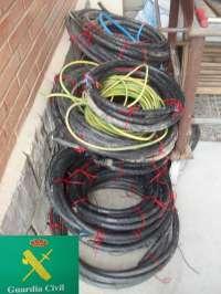 Detenidas tres personas como presuntas autoras del robo de 150 kilos de cable de cobre