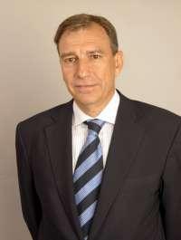 La Junta estudia la posibilidad de implantar una facultad de Farmacia en Burgos
