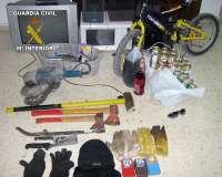 Guardia Civil detiene a dos vecinos de Cieza a los que se le imputan tres robos en casas de campo