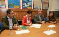 Junta y Diputación acuerdan una inversión anual de casi 380.000 euros en la unidad de estancia diurna de Málaga