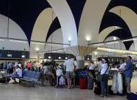 Un controlador abandonó su puesto de trabajo en el aeropuerto de Logroño-Agoncillo, según AENA