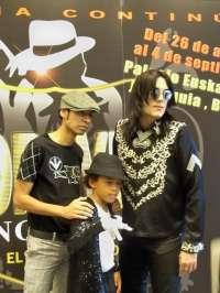 El musical de Michael Jackson y sus zombies invaden hoy la Plaza del Ayuntamiento de Valencia