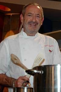 El cocinero Karlos Arguiñano será el encargado de abrir en Astigarraga la temporada de sidra 2011 de Gipuzkoa