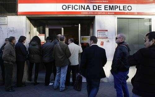 El paro subió en 14.474 personas en Galicia en 2010 y alcanzó los 237.313 desempleados