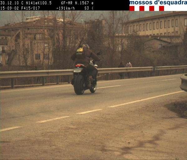 Cazan a un motorista circulando a 191 kilómetros hora en Girona