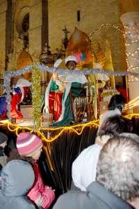 Un espectáculo de luz y sonido abre este miércoles la cabalgata de los Reyes Magos, que tendrá mil participantes