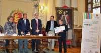 Un microrelato de cuatro líneas inspirado en 'El Dinosaurio' de Monterroso gana el III Concurso Valladolid Internacional