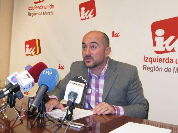 IU pide cese de Sotoca porque medidas Gobierno regional