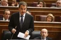 Zapatero dice que las comunidades que cumplan con el déficit pueden endeudarse y que con Cataluña hubo